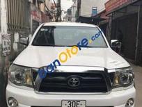 Cần bán lại xe Toyota Tacoma sản xuất 2005, màu trắng