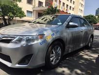 Bán Toyota Camry LE năm 2013, màu bạc, xe hết đăng kiểm