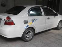 Cần bán Daewoo Gentra sản xuất 2009, màu trắng xe gia đình