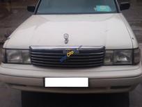 Bán ô tô Toyota Crown sản xuất 1995, màu trắng, nhập khẩu