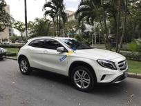 Bán xe Mercedes GLA200 sản xuất 2015, màu trắng, dòng xe nhập khẩu, và đi lướt 13.900 km