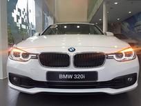 Bán xe BMW 320i 2017 Màu Trắng Full option Nhập khẩu Giao xe ngay