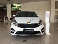 Cần bán xe Kia Rondo 2.0 GAT sản xuất năm 2017, màu trắng