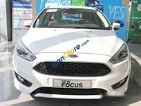 Bán ô tô Ford Focus S sản xuất 2017, màu trắng