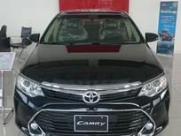 Cần bán xe Toyota Camry 2.0E đời 2017, Xe Mới màu đen giá 1.078 triệu