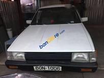 Cần bán xe cũ Toyota Vista sản xuất 1992, màu trắng