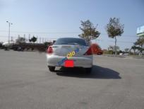 Bán ô tô Kia Spectra sản xuất 2004, màu bạc xe gia đình