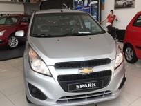 Chevrolet Spark 1.2LS, gọn nhẹ, dễ dàng di chuyển đô thị