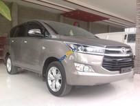 Bán ô tô Toyota Innova 2.0V sản xuất năm 2016, màu xám
