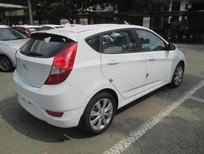 Cần bán Hyundai Accent năm sản xuất 2018, màu trắng, nhập khẩu, 490tr