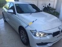 Bán ô tô BMW 320i năm sản xuất 2012, màu trắng, nhập khẩu