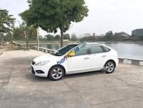 Cần bán gấp Ford Focus năm sản xuất 2011, màu trắng giá cạnh tranh
