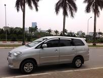Bán Toyota Innova 2.0G màu bạc sản xuất cuối 2011 chính chủ gđ sử dụng. lh Ms Thảo 0965053653