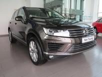 Bán VW Touareg Nhập khẩu chính hãng, Ưu đãi lớn, Lái thử miễn phí. 091 742 5335