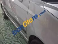 Cần bán xe cũ Chevrolet Spark đời 2011, màu bạc