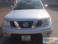 Cần bán Nissan Navara LE đời 2014, màu bạc