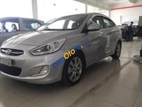 Cần bán lại xe Hyundai Accent 1.4 AT sản xuất năm 2015, màu bạc số tự động, giá tốt