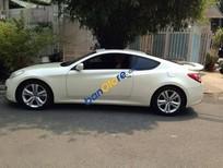 Bán ô tô Hyundai Genesis đời 2010, màu trắng, xe mới chạy được 15000km