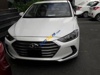 Bán Hyundai Elantra năm 2016, màu trắng, giá tốt