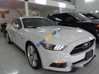 Bán xe Ford Mustang năm 2015, màu trắng số tự động