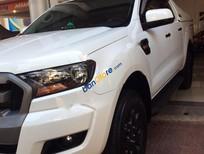 Cần bán xe Ford Ranger XLS 4x2MT đời 2015, màu trắng, nhập khẩu