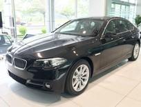 Bán BMW 5 Series 520i 2017, màu đen, nhập khẩu nguyên chiếc, BMW chính hãng, giá rẻ nhất, giao xe ngay