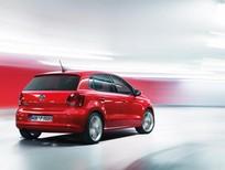 Bán Volkswagen Polo sản xuất 2016, màu trắng, nhập khẩu chính hãng, 740 triệu