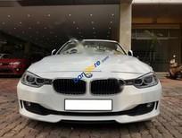 Cần bán BMW 3 Series 320i năm 2012, màu trắng, nhập khẩu giá cạnh tranh