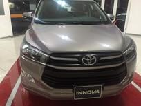 Bán xe Toyota Innova 2.0E đời 2017