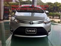 Cần bán xe Toyota Vios 1,5E MT 2017, màu bạc