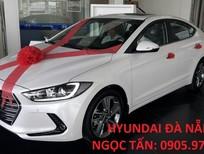 Hyundai Đà Nẵng Bán xe Hyundai Elantra 2017, số sàn màu trắng chạy dịch vụ và gia đình. Liên hệ: 0905976950