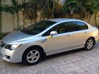 Cần bán gấp Honda Civic 1.8AT sản xuất 2010, màu bạc còn mới