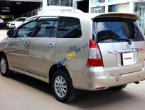 Bán Toyota Innova E 2.0MT 2013, màu vàng
