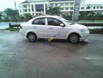 Bán Daewoo Gentra năm sản xuất 2010, màu trắng xe gia đình, 240 triệu