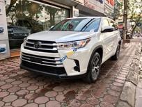 Cần bán xe Toyota Highlander LE 2.7L năm sản xuất 2017, màu trắng, nhập khẩu nguyên chiếc