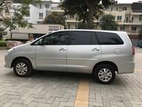 Gia đình tôi cần bán chiếc xe Innova 2.0G màu bạc, chính chủ tên tôi đi 2011