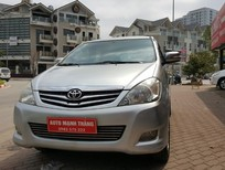 Cần bán gấp Toyota Innova 2.0V 2011, màu bạc