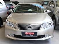 Bán Toyota Camry đời 2012, màu nâu
