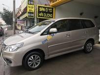 Cần bán lại xe Toyota Innova E năm 2016, màu vàng số sàn