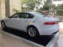 Bán Jaguar XF Prestige 2.0L đời 2017, màu trắng, nhập khẩu