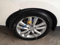 Cần bán xe Hyundai Tucson 4WD đời 2011, màu trắng, nhập khẩu