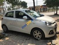 Cần bán Hyundai i10 năm 2014, màu trắng