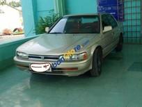 Cần bán xe Honda Accord sản xuất 1989, màu vàng, nhập khẩu