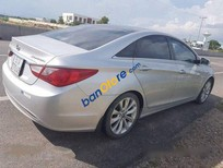 Chính chủ bán Hyundai Sonata AT đời 2011, màu bạc