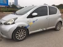Cần bán gấp Toyota Aygo năm sản xuất 2005, màu bạc, nhập khẩu Nhật Bản, 225tr