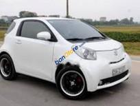 Bán Toyota IQ G đời 2010, màu trắng, xe rất ít đi, máy móc hoạt động tốt