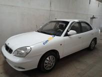 Bán xe Daewoo Nubira E sản xuất năm 2004, màu trắng, nhập khẩu