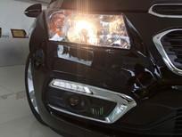 Bán xe Chevrolet Cruze 2017, màu đen, giá 572tr