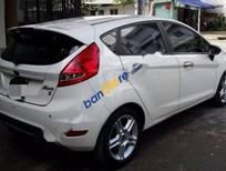 Cần bán Ford Fiesta S đời 2011, màu trắng