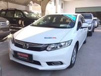 Cần bán lại xe Honda Civic 1.8AT đời 2014, màu trắng